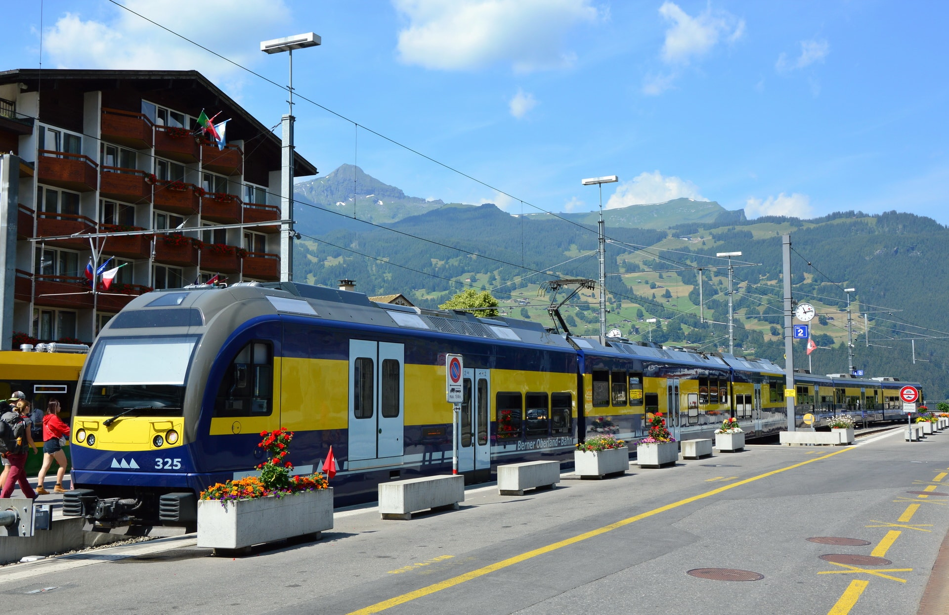 Train connecting Interlaken-Ost with Grindelwald